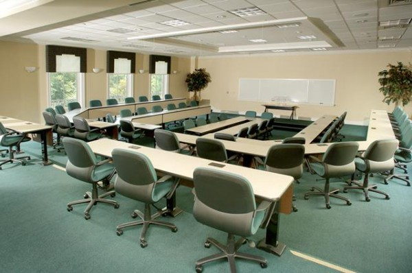 Forum Conference Room with 58 ergonomic chairs on three tiers
