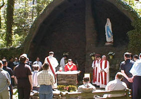 grotto2